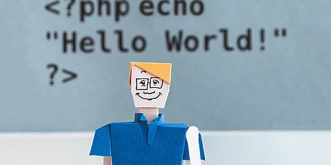 Figur vor Hello World-Code